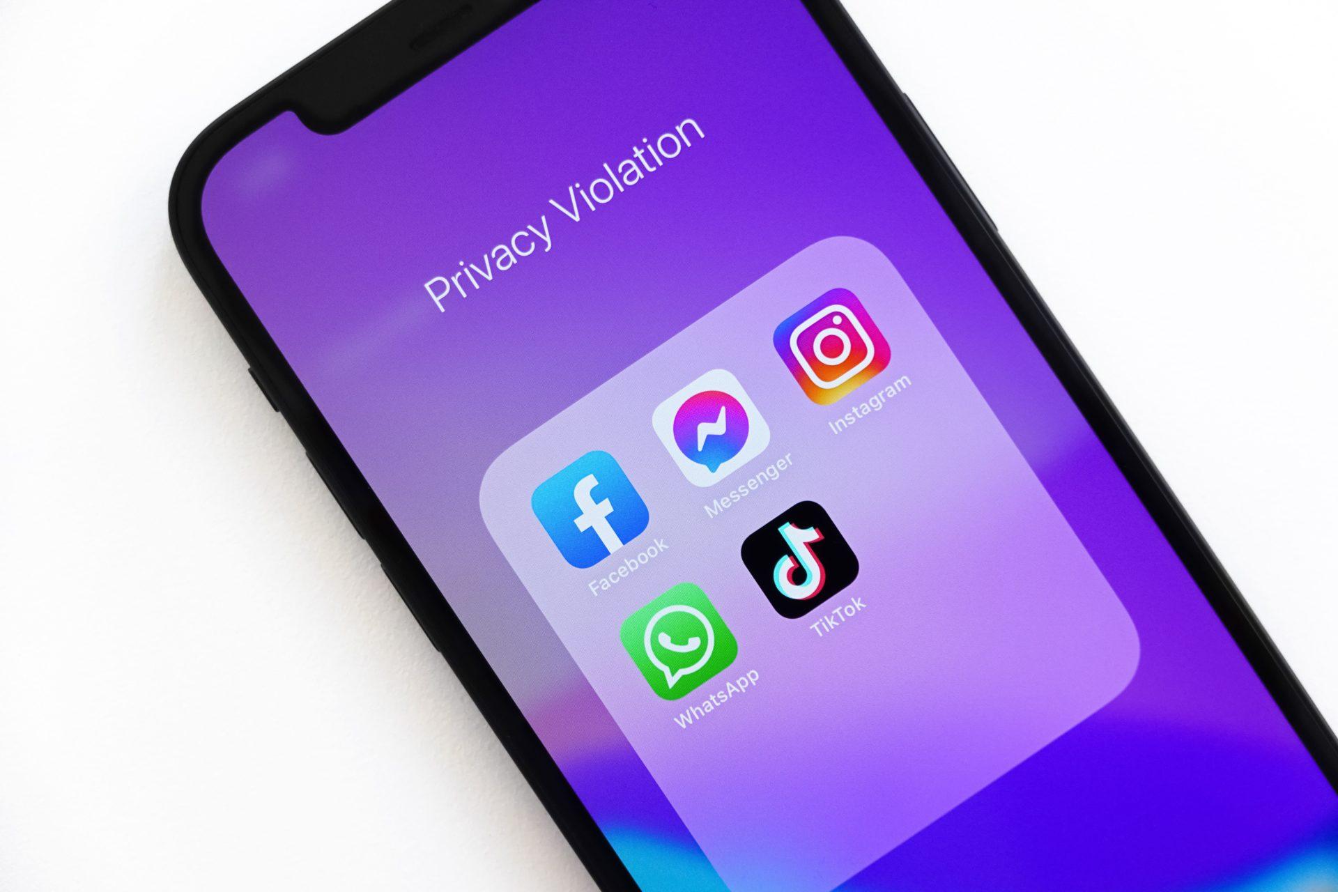 WhatsApp 20億人